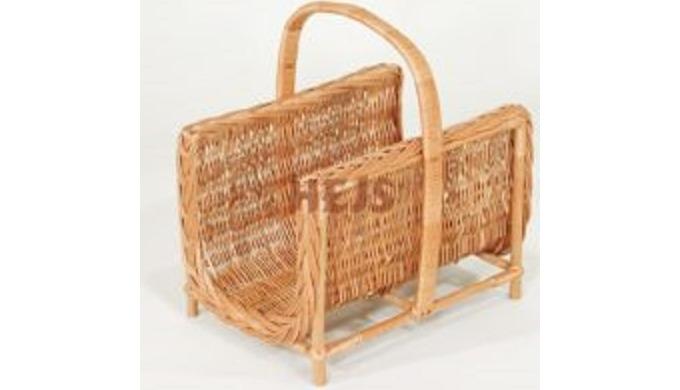 Kosze plecione ręcznie wykonane z wikliny korowanej przeznaaczone np.do drewna kominkowego