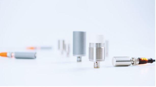 Induktive Sensoren Kplus UniversellSichere Erfassung aller Metalle durch einheitlichen Schaltabstand...