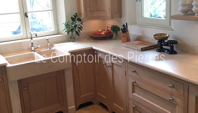La pierre de Bourgogne dans la cuisine Découvrez notre collection de modèles exclusifs* d'éviers en ...