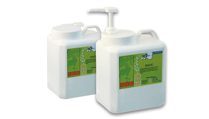 E'ˆ una crema cosmetica formulata appositamente per la pulizia delle mani da sporchi pesanti, come v...