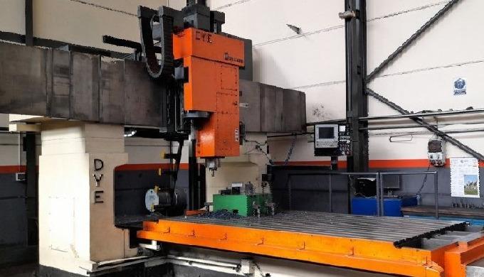 DYE mod. FB-3600 No 97/0438-D, Gantry type Milling machine