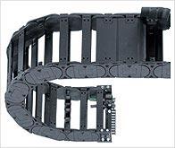 igus® meine-kette – egal ob sie eine Kreisebewegung, einen Vertikalhub oder eine sehr lange Achse pl...
