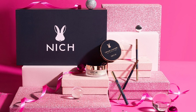 NICH Caviar Cushion is an essence-in-foundation cushion formulated to conceal skin imperfections eff...