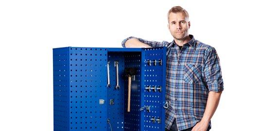 Værkstedsinventar - Så får du orden på værktøj, løsdele og andre småting. Værkstedsvogne, skuffekabi...