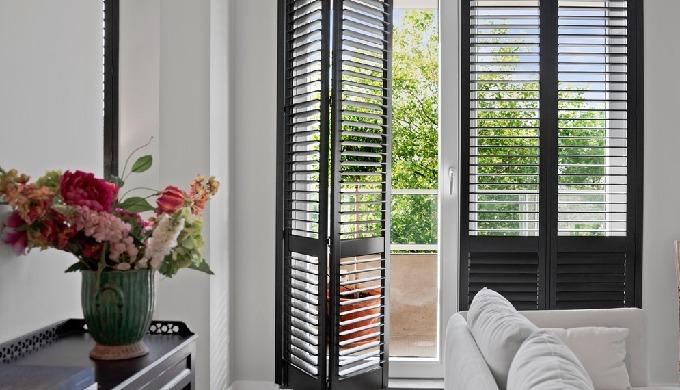 Shuttermakers levert maatwerk shutters van topkwaliteit. Onze shutters onderscheiden zich door het d...