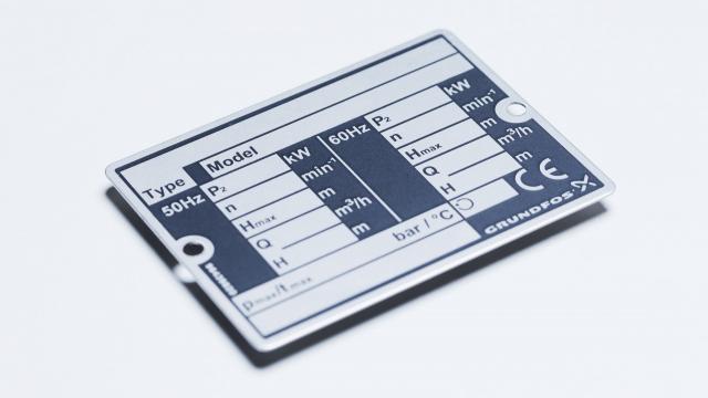 Vi har mange års erfaring i produktion af metalskilte til alle formål Logoskilte, typeskilte og skal...