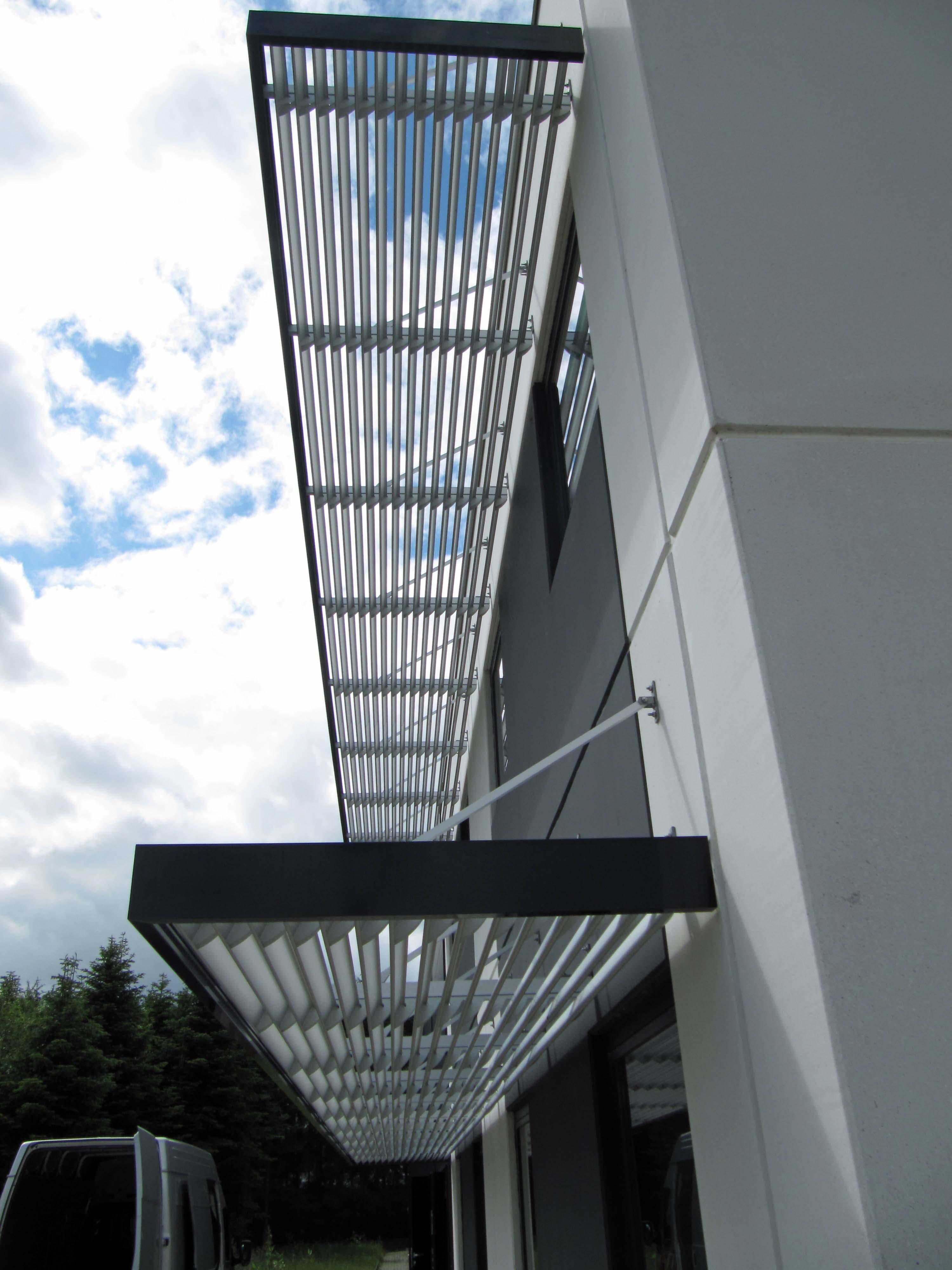 Solskærm Sun 3000 er populær på skoler, institutioner, kontorbygninger og andre typer industribygger...