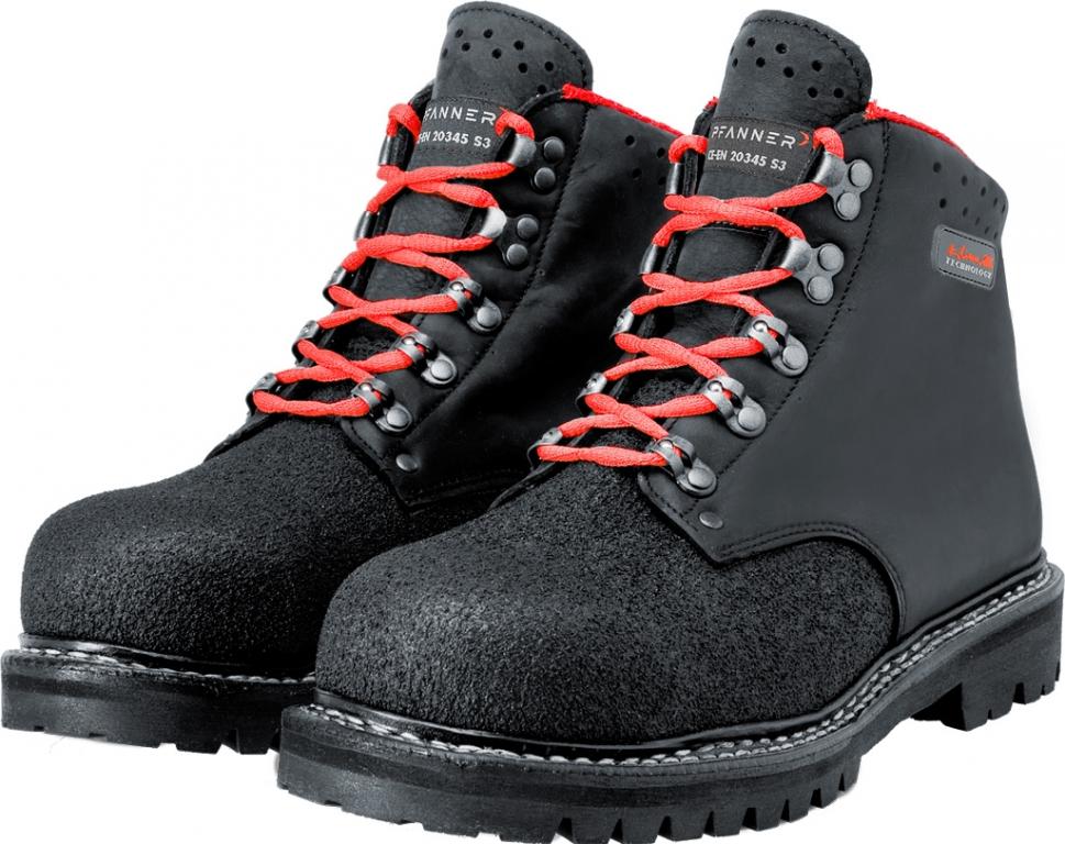 Pracovní obuv zimní, profesní obuv a holínky.