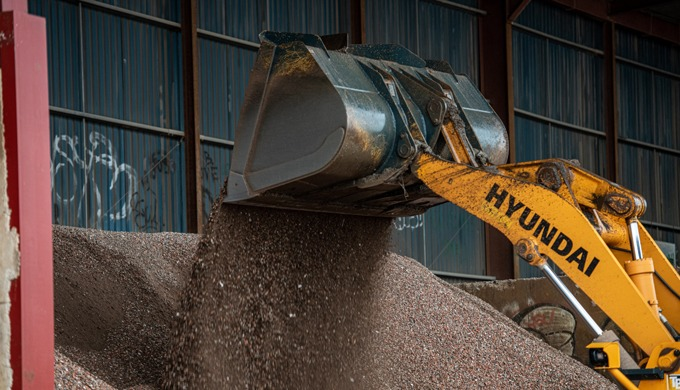 GMAT is an aggregate supplier distributing bulk aggregates throughout the UK. We specialise in the s...