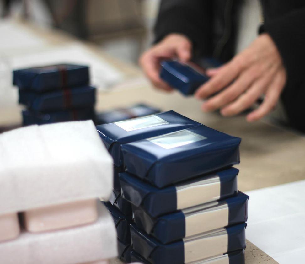 Duhamel logistique vous propose la prise en charge de la logistique votre circuit de distribution gr...