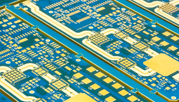 Base materials role for high-performance PCBs