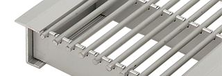 Kåbe Konvektorgaller installeras där luft måste få strömma fritt genom en fönsterbänk i hemmet, ett ...