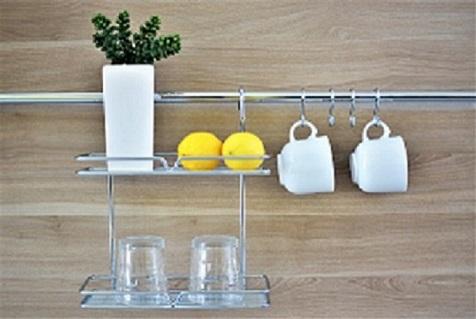 Kuchyňské závěsné systémy a madla