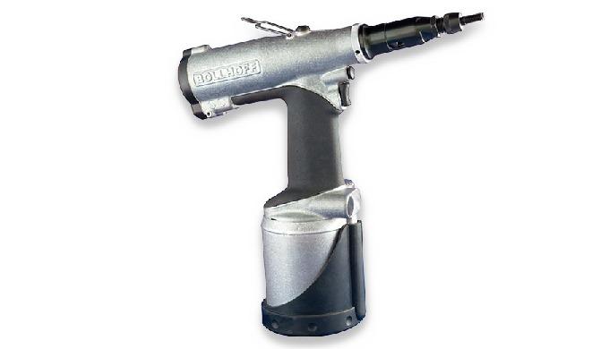 Remachadora de tuercas remachables y equipos para la colocación de RIVKLE®