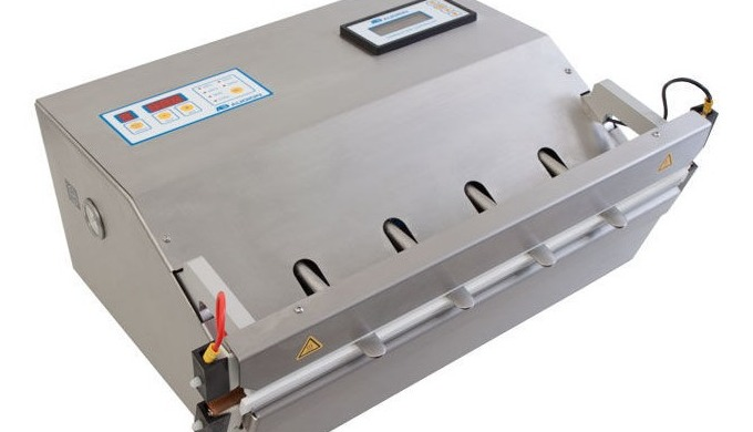 The Audion 520 MVMed is a powerful, stainless steel vacuum sealer equipped with a vacuum nozzle and ...