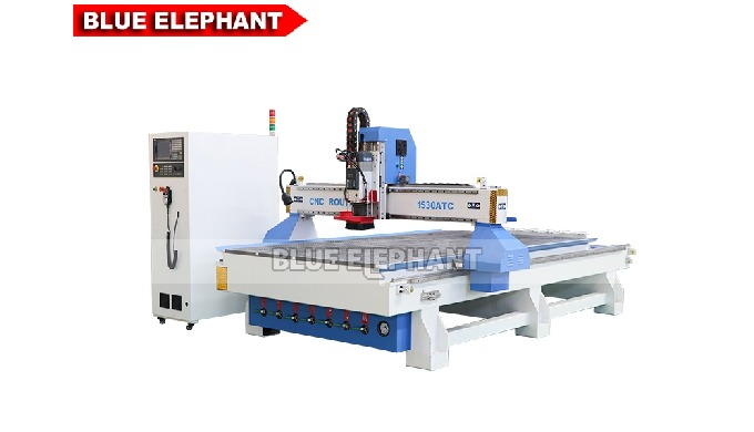 ELECNC-1530 3-Achsen-ATC-Holzbearbeitungsmaschine mit linearem Werkzeugwechsler