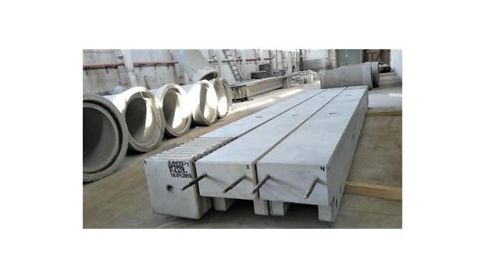 Железобетонные колонны для промышленных складов.