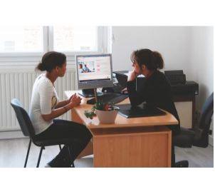 Les Ateliers du Douet s'occupent du SAVS ou Service d'Accompagnement à la Vie Sociale du Pays de Fou...