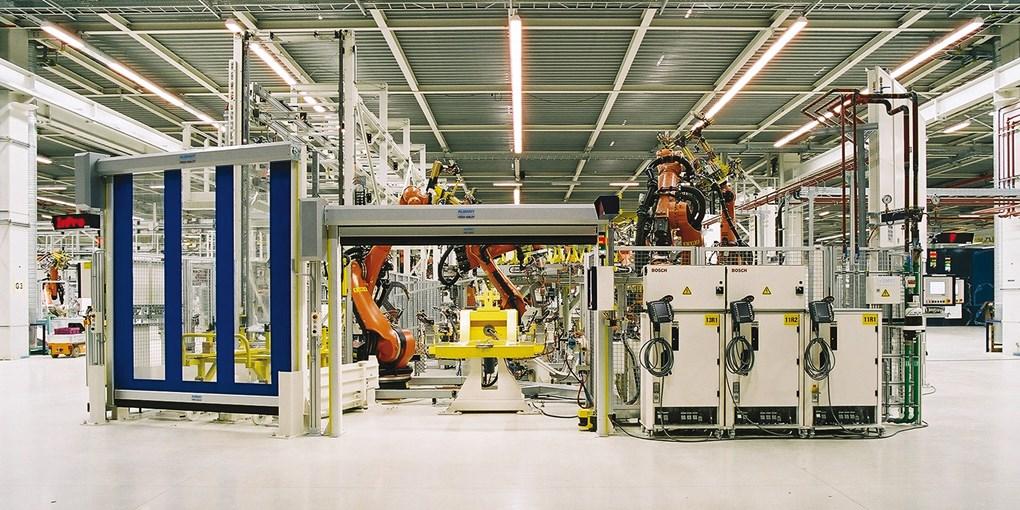 ASSA ABLOY Maschinenschutztore bieten sich aufgrund ihrer flexiblen Einsatzmöglichkeiten, hohen Gesc...