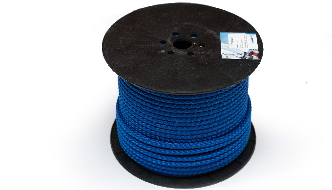 Multifilament ropes and cords