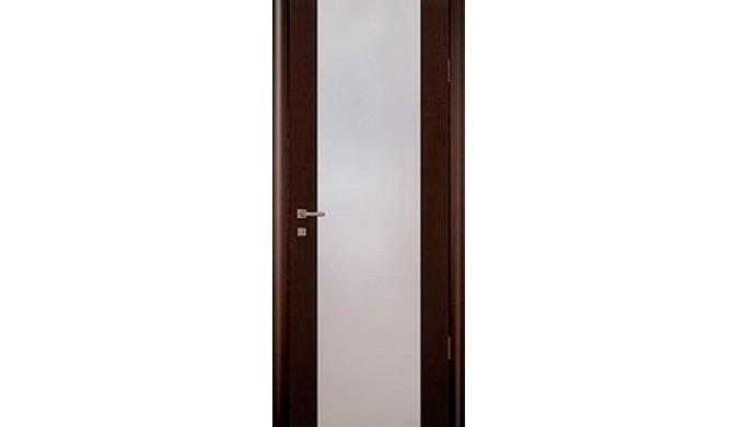 Дверные блоки из массива c остеклением