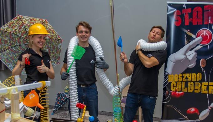Zapraszamy do organizacji gier i zabaw team building dla firm. Realizujemy programy team building dl...