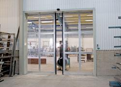 AJAB har konstruerat och levererat en mängd olika specialanpassade skjutportar för olika brukarområd...