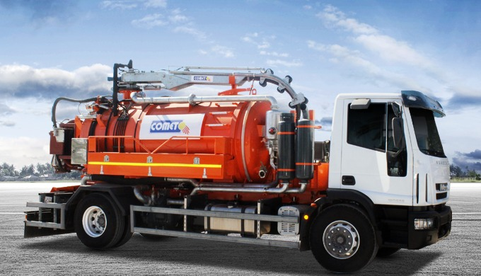 L'hydrocureuse permet d'effectuer le curage de réseaux, le débouchage ou l'assainissement non collec...