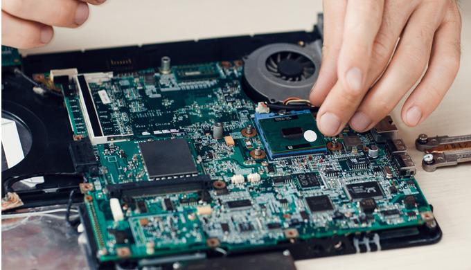 Servis počítačů a asistence