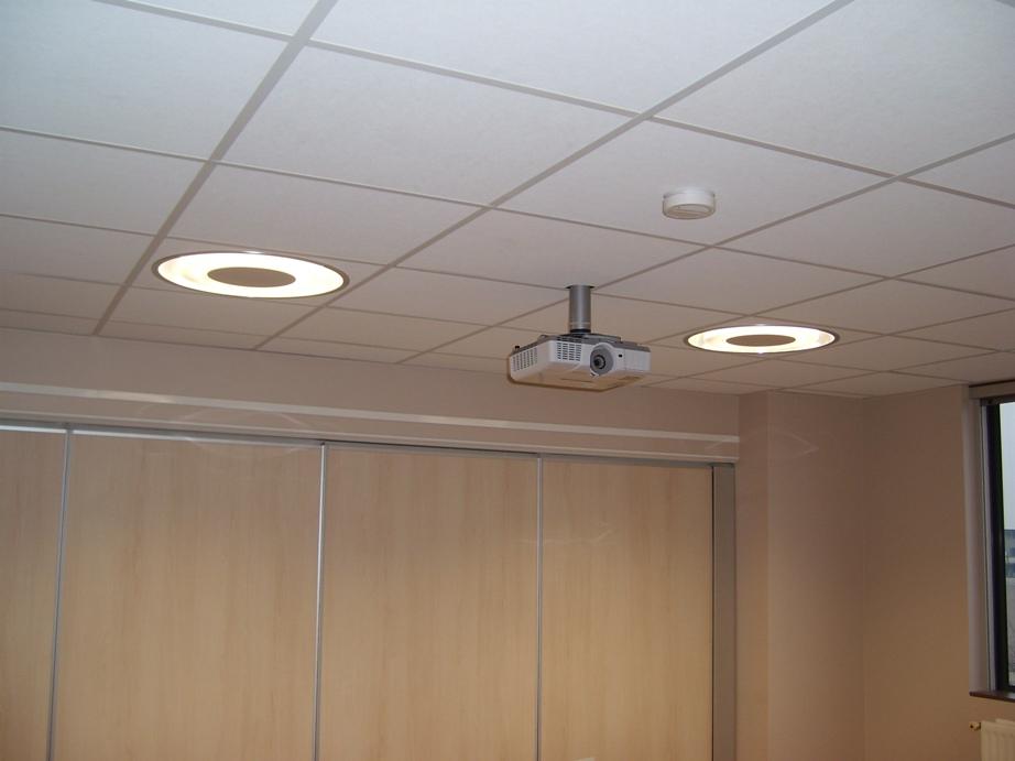 Intéreiur comme extérieur l'éclairage fait partie de nos activités: Eclairage public, eclairage de s...