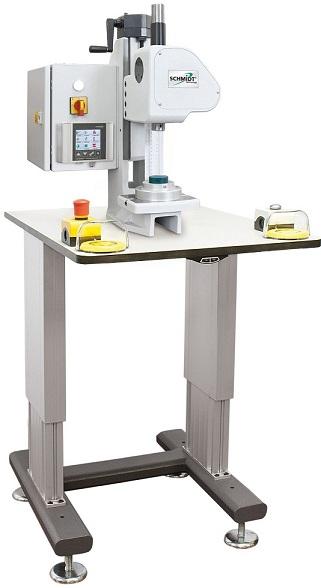 Les presses électriques de SCHMIDT Technology sont des presses simples mais très efficaces. L'entraî...