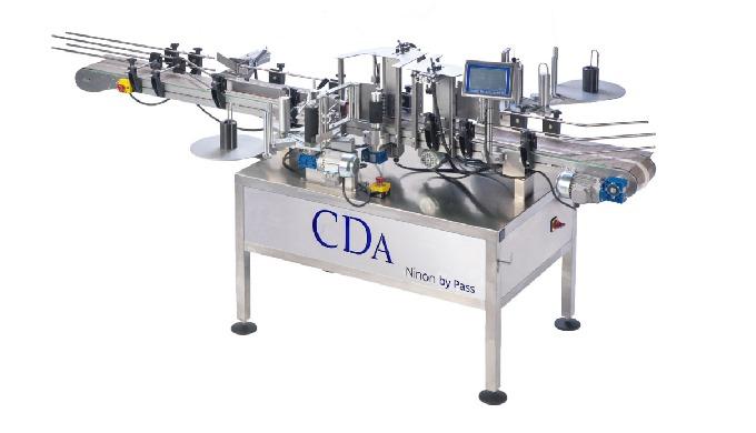 Conçue par la société CDA, la Ninon By-Pass est une étiqueteuse automatique pouvant étiqueter jusqu'...