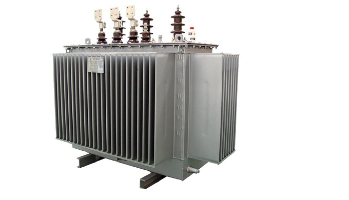 The three-phase oil-immersed distributing transformer applies new type insulating structure and make...
