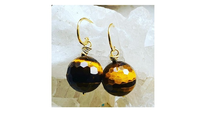 Full Moon Designs is a bespoke jeweller in Brixton, South London providing quality and unique jewell...