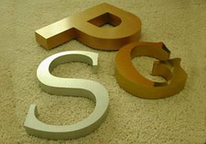 Изготовление вывесок,  указатели и пилоны (стелл), штендеры, офисные таблички, лайтбоксы, объемные буквы