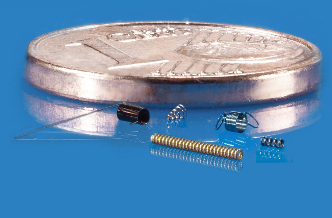 Schweizer ist der Spezialist für Mikrofedern im Drahtabmessungsbereich ab 0,03 mm. Abmessungen Draht...