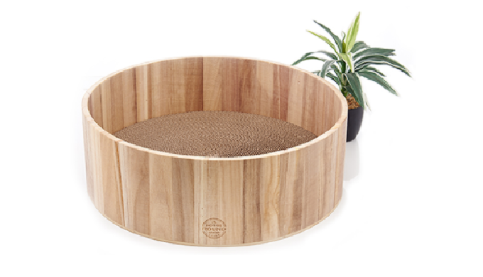 Yaomi Wood Round Scratcher