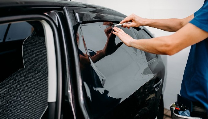 Perfect Car Window Tinting from Authorized by 3M Dubai, Over 10 Years in Industry We are Providing P...