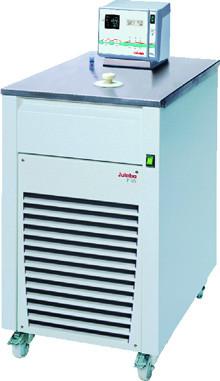 JULABO circulatiethermostaten voor ultra-lage temperaturen voor het verwarmen en koelen. De apparate...