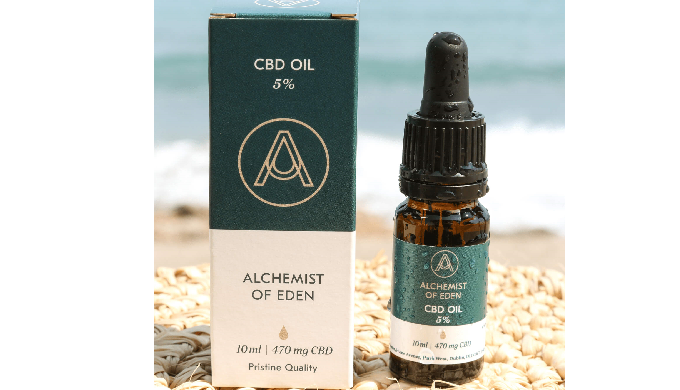 5% CBD Oil - 10 ml contains 470 mg active CBD 100% natural in an organic olive oil carrier oil THC f...