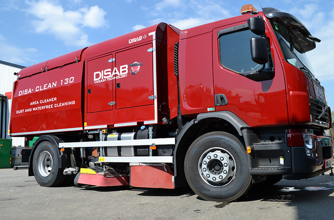 DISA-CLEAN 130 High Vacuum Road Sweeper The challenge:Area sweeping normally generates dust around t...