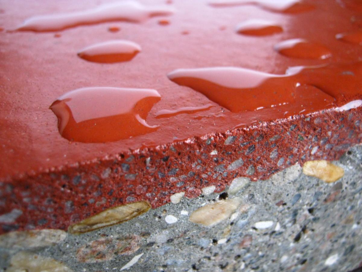 Hledáte bezprašnou podlahu odolnou proti obrusu, vodě i vysokým teplotám, kterou je navíc možno rych...