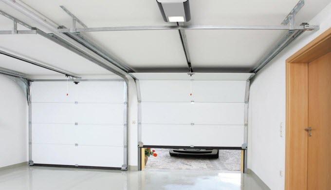 Les motorisations de portes de notre programme peuvent être réglées de nombreuses façons. Qu'il s'ag...