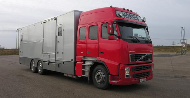 På vår hemsida kan du se ett urval av hästtransporter vi tillverkat. Vår förhoppning är att ni får e...