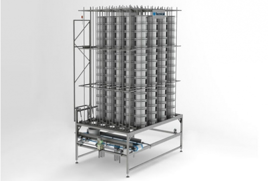 Vertical accumulators for individual cheese moulds