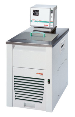 F32-HE - Kälte-Umwälzthermostate
