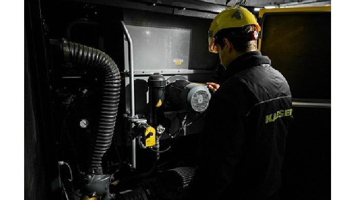 Serviciu clienți KAESER AIR SERVICE Timpul înseamnă bani: noi facem service-ul apt Ca unul dintre ce...