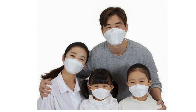 Product Description Product Name: Disposable Luxury Protect Mask Material: Non-woven Fabrics, Melblo...