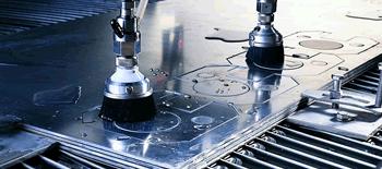 Dělení materiálu (slitiny hliníku, nerez, spec. slitiny, titan, nekovové materiály) pomocí vodního paprsku (WJ)
