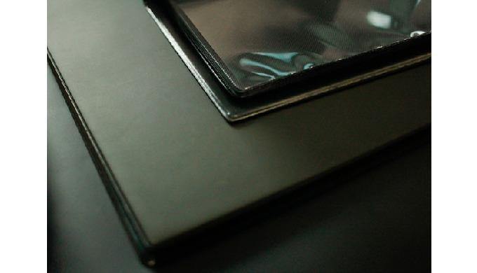 Album Portfolio Produciamo A lbum Portfolio Professionali personalizzati, ideali come portfolio book...